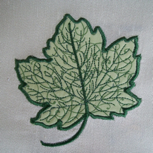 FALL LEAF APPLIQUE  4x4