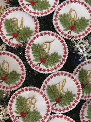 Christmas_embroidery_monogram_Ornament_alphabet_gift_tag_designs_Letters