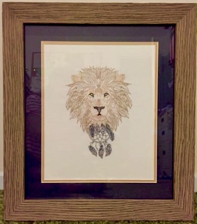 Lion_Zendoodle_Embroidery_desgin_ framed_wildlife_