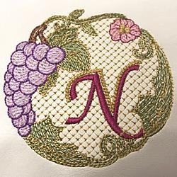 Luscious Grapes Monogram N and Gift Tag