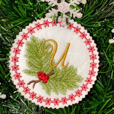 Christmas_monogram_embroidery_holiday_alphabet_ornament_gift tag_designs_U