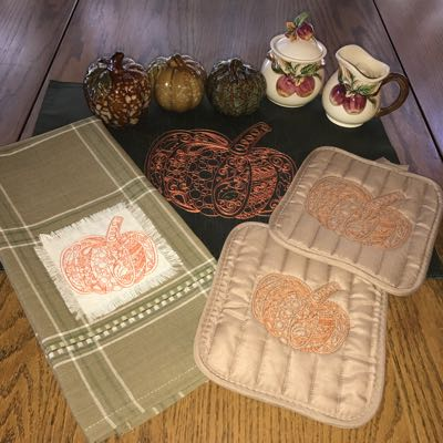 /images/Pumpkin_embroidery_designs_zen_style_Fall.jpg