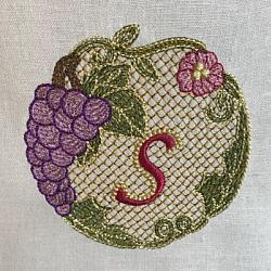 Luscious Grapes Monogram S and Gift Tag