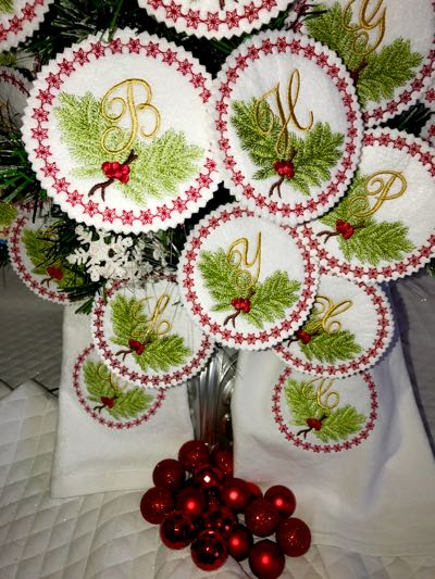 Winter_Christmas_embroidery_monogram_Ornament_alphabet_gift_tag_designs